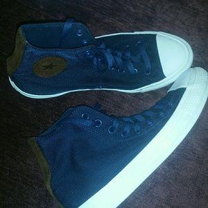 Converse Unisex Men's Size 7 Womens.Size 9 Blue